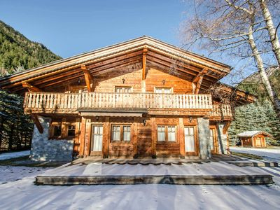 Photo for Charming chalet for 12 persons with an exceptional view on the Mont-Blanc