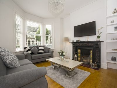 Photo for NEW! 5 Mins Walk from Stadium & City Centre,Cardiff Townhouse With FREE PARKING,