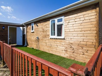 Photo for Dog friendly Lodge in Hunstanton by the beach sleeping 5.