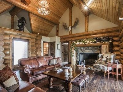 Photo for Luxury Mountain Lodge, Great Location For Skiing, Hiking And Sundance