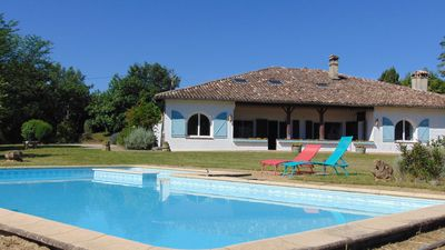 Photo for At Domaine de Souladiès, comfort and absolute calm conducive to relaxation