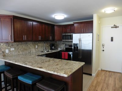 Photo for Better than a hotel! 1 Bedroom, Full Kitchen, Secure Building Parking included!