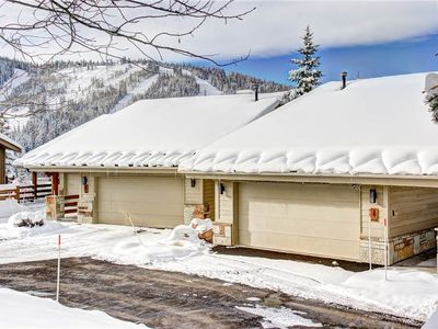 Photo for Gorgeous views from this luxury condo. Walk to skiing, Private Hot Tub, Cozy!