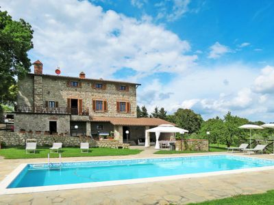Photo for 5 bedroom Villa, sleeps 10 in Roccastrada with Pool and WiFi
