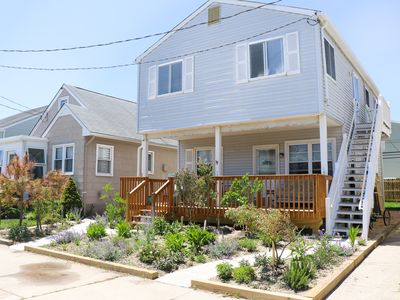 Photo for Willowtree's Beach Cottage - 2BR, sleeps 5, walk to beach