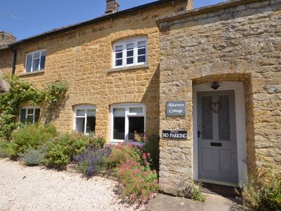 Photo for 2 bedroom Cottage in  - Bourton-on-the-Water - 46677