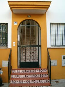 Photo for Bright apartment in ideal residential area couples 15 min from Seville