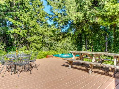 Photo for Dog-friendly home w/hot tub, game room, basketball court! Short drive to beach!
