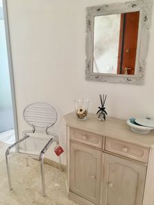 Photo for Ca D'Agnese - Large, newly renovated three-bedroom apartment facing the sea