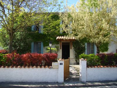 """Photo for """"Gite de l'Acacia"""" holiday home for 7ps. Air conditioned, near ROYAN"""