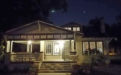 Charming Updated historic bungalow, short walk charming downtown Safety Harbor!