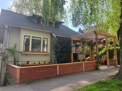 Photo for Fantastic Bungalow with Decks close to River, City, and restaurants Hot Tub
