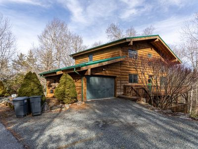 Photo for Black Bear Lodge at LLH - Spacious House! Game Room! Fire pit! Land Harbor Amenities!