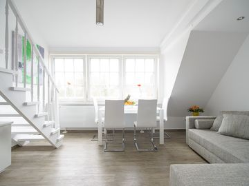 Comfortable, sunny apartment in a prime location with beautiful views of Westerland