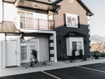 Photo for Spacious 3BR, 2BA Condo - Cache Valley- close to shopping and outdoor trails