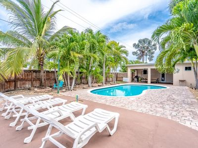 Photo for Casa Del Sol 3/2 for 10+ Very Private Heated Pool 5 Minutes to Beaches