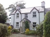 Lovely home from home cottage very clean television in bedroom would make it 5 stars for me
