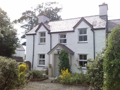 Photo for Detached holiday cottage on Anglesey, North Wales