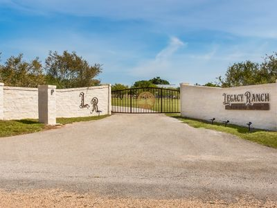 Photo for Legacy Ranch Guest Houses: just 8 minutes from Main St on private gated ranch