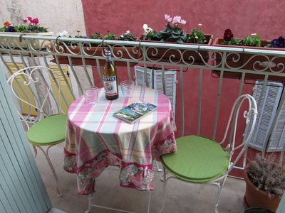 Photo for 2BR Apartment Vacation Rental in Cassis, Provence-Alpes-Côte-D'Azur