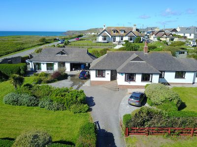 Photo for Bungalow with sea views, annex, games room and on Widemouth Beach