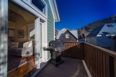 Great Summer Time Rental - Phenominal Views from Every Angle