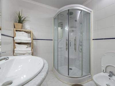 Photo for Private room with shared bathroom