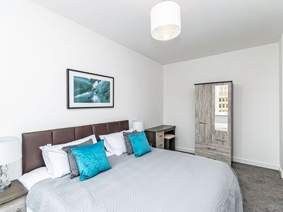 Photo for City Suites - Chester apartment that sleeps 4 guests  in 1 bedroom