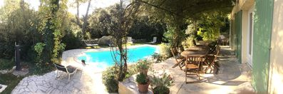 Photo for Villa: 13 people, with private pool, in Sauveterre (Gard) 10km from Avignon