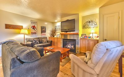 Living Room with Gas Fireplace, HD TV/DVD and Queen Sleeper