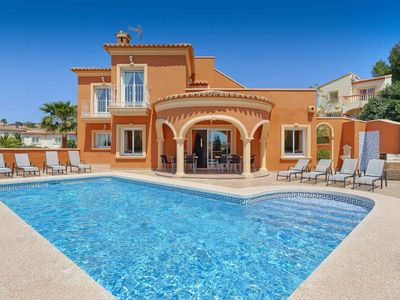 Photo for Villa Buena - Has a private pool, includes WI-FI & close to the beach & Shops