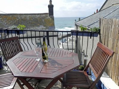 Photo for 1BR House Vacation Rental in Porthleven