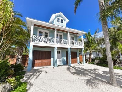 Photo for Sea Vous Play ! Great for Families! 3 Block Walk to Beach,  2 Blocks to Pine St