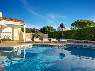 Photo for Villa with pool -  2min to the beach, private basketballcourt