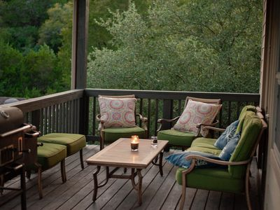 Hill Country Retreat + Free Tesla Charger!