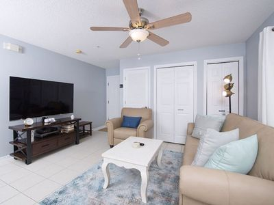 Photo for 2bd/2ba Unit - Pool - Blocks to the Beach