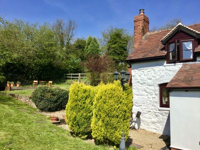 Photo for Beautiful and Quiet Rural hideaway for two near Ludlow with stunning views