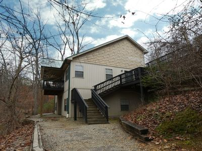 Ivy Falls a 5BR chalet located nearly across the street from Dollywood.