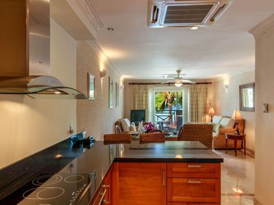 Photo for Sea Front Luxury 2 double bedrooms West Coast apartment