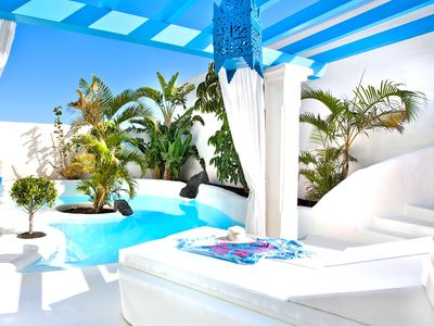 Photo for Villa Santorini with private pool and jacuzzi