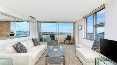 Photo for CBELA - Jaw Dropping Panoramic Sydney Harbour Views