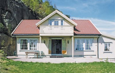 Photo for 6 bedroom accommodation in Lindesnes