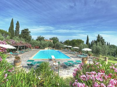 Photo for Lovely apartment with WIFI, pool, TV, washing machine, pets allowed, panoramic view and parking