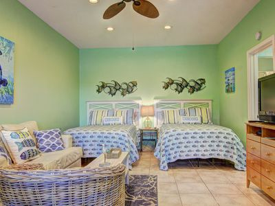 Photo for Sweet Escape, Adorable studio unit at Island Retreat! Sleeps 4