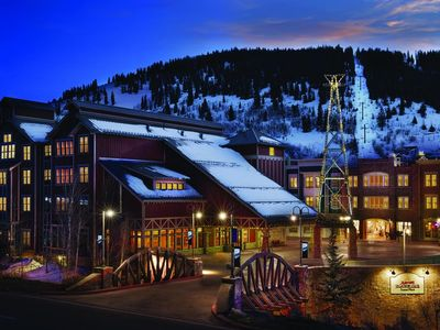 Photo for Beautiful Studio unit at Marriott Summit Watch! Ski-in/Ski-out