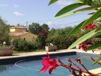 Photo for Nice gite with large garden and and private swimming pool, in a unique location!