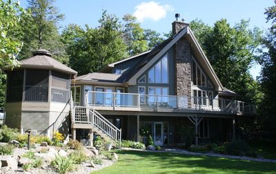 Massive Family Cottage with Deck overlooking Lake