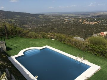 Wonderful house for 8 with stunning views and private pool