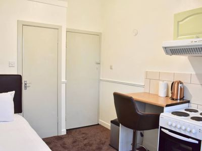 Photo for Cosy Studio Apartment In Trendy Rathmines
