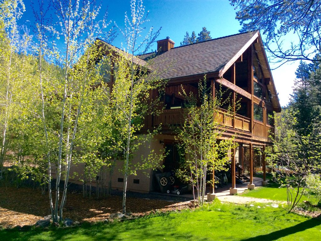 powder moon lodge offering skiers special 7 vrbo